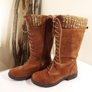 Suede Lady's Outdoor Boots by American Eagle